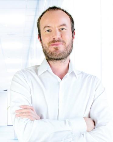 MUDr. Juraj Mláka | liečba bolesti chrbta