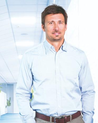 MUDr. Michal Matias | liečba bolesti chrbta