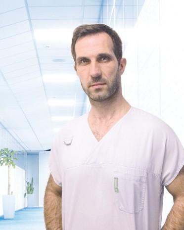 MUDr. Michal Adam | liečba bolesti chrbta