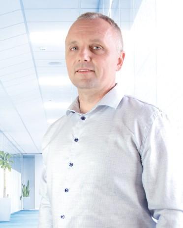 MUDr. Peter Lenčéš | liečba bolesti chrbta
