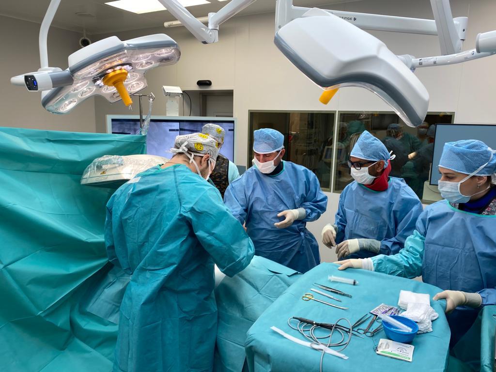 Implantácie miechových elektród u panvovej bolesti